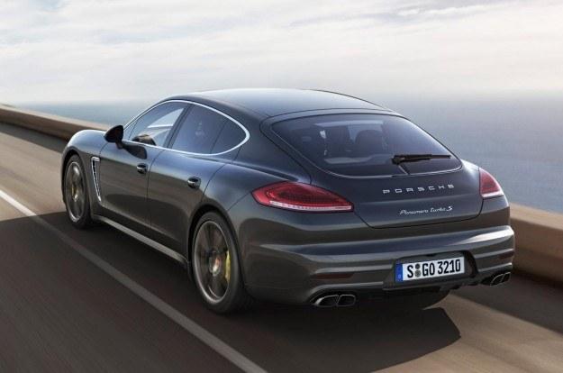 Porsche Panamera Turbo S /