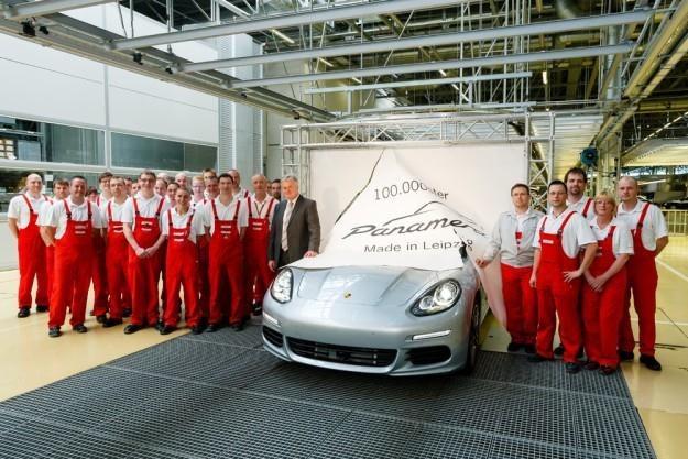 Porsche Panemera z numerem 100 000 /