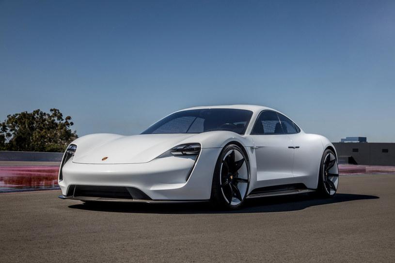 Porsche Taycan /materiały prasowe