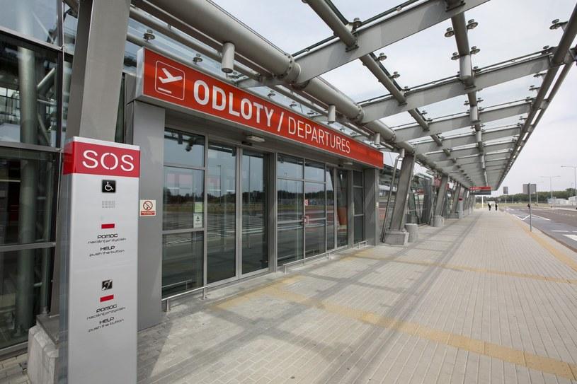 Port lotniczy Warszawa-Modlin / Andrzej Hulimka/REPORTER /East News