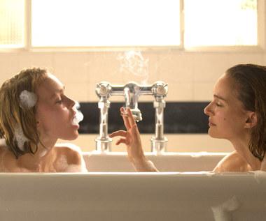 Portman i Depp rozmawiają z duchami
