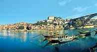 Porto, brzeg rzeki Duero, Portugalia /Encyklopedia Internautica