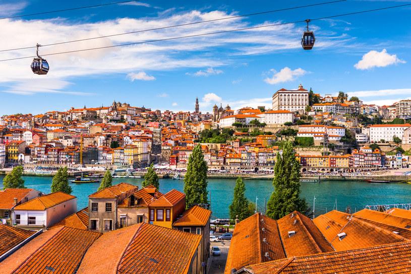 Porto, stare miasto nad rzeka Douro /123RF/PICSEL