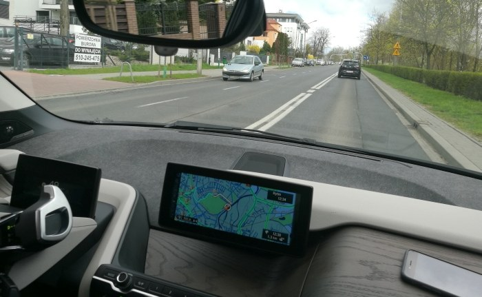 Poruszanie się BMW i3 jest całkowicie bezgłośne. /INTERIA.PL
