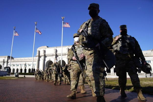 Porządku na ulicach Waszyngtonu strzec będzie około 26 tysięcy żołnierzy Gwardii Narodowej /WILL OLIVER  /PAP/EPA