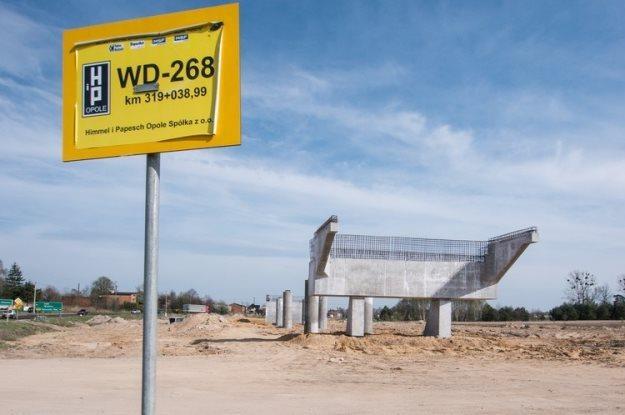 Porzucona budowa A1 koło Łodzi / Fot: Mikołaj Zacharow /Reporter