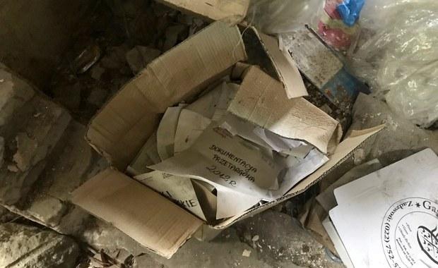 Porzucone dokumenty podpalano w testach urządzeń gaśniczych?