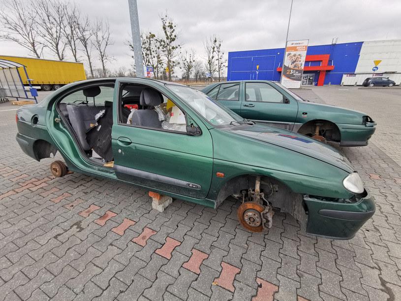 Porzucone i rozgrabione wraki to problem wielu polskich miast /Łukasz Solski / East News /Agencja SE/East News