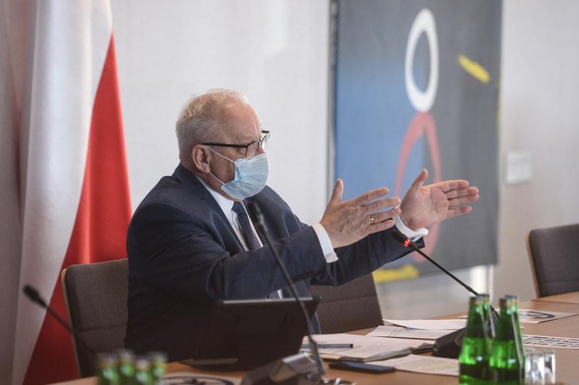 Poseł Bolesław Piecha podczas sejmowej komisji zdrowia /Zbyszek Kaczmarek /East News