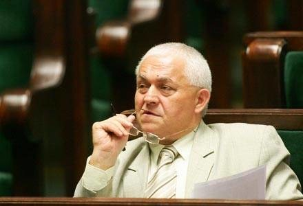 Poseł Maksymiuk jest bardzo zadowolony z urlopu/fot. M. Nabrdalik /Agencja SE/East News