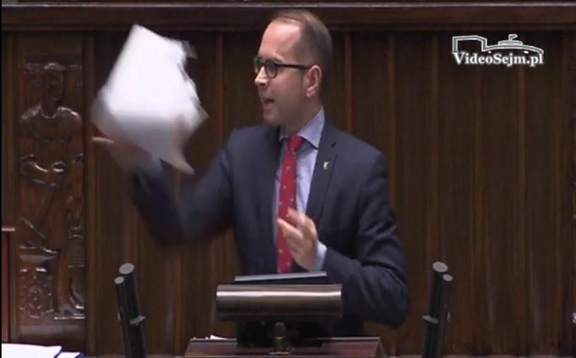 Poseł Michał Szczerba rzuca prezydenckimi projektami /Wiedo Sejm /