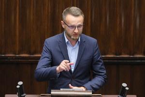 """Poseł Paweł Szramka zakażony koronawirusem. """"Pomimo szczepienia w sierpniu, bydlak mnie dopadł"""""""