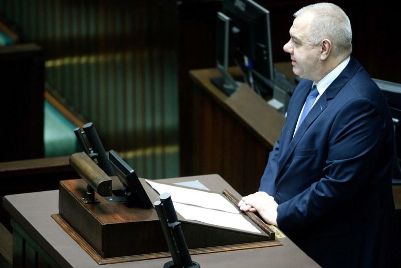 Poseł PiS Jacek Sasin na sali sejmowej / Jacek Turczyk    /PAP
