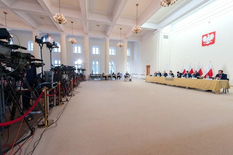 Posiedzenie komisji weryfikacyjnej /Grzegorz Krzyzewski /Reporter