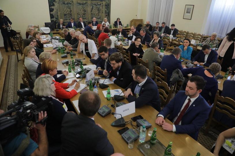 Posiedzenie komisji zdrowia /Tomasz Gzell /PAP