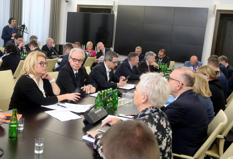 Posiedzenie połączonych komisji senackich /Jan Bielecki /East News