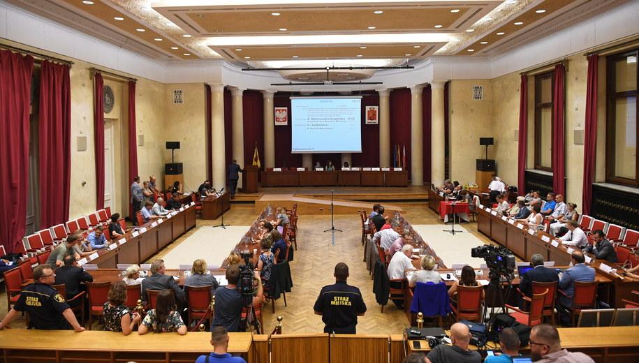 Posiedzenie Rady m.st. Warszawy /Radek Pietruszka /PAP