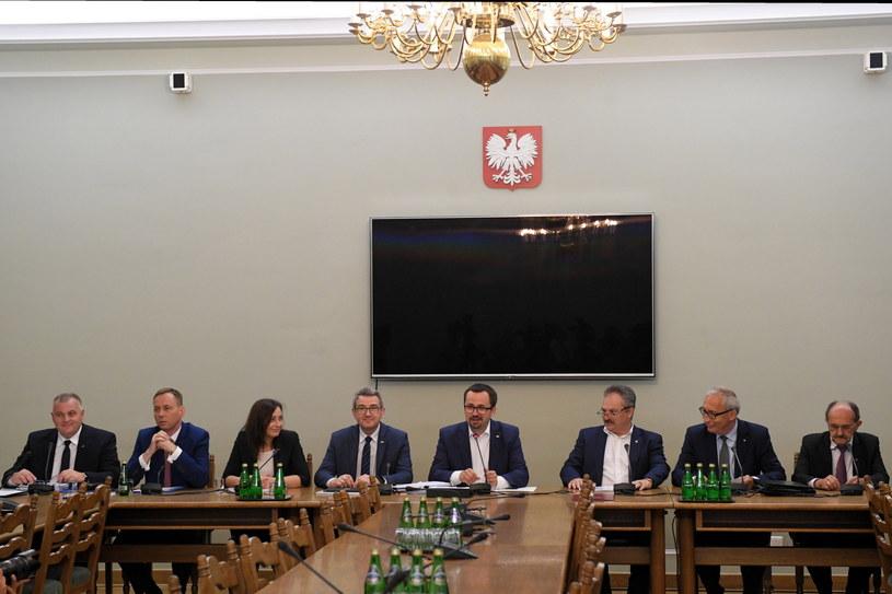 Posiedzenie sejmowej komisji śledczej ds. VAT /Radek Pietruszka /PAP