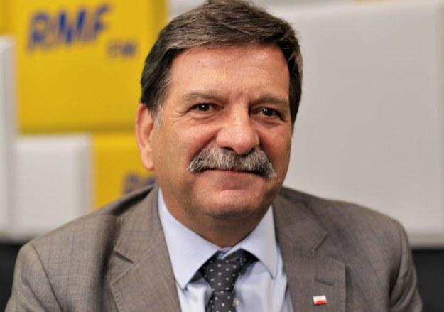 Posiedzenie Sejmu przełożone. Śniadek tłumaczy: Prezes Kaczyński ma w czwartek konwencję