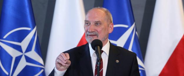 Posiedzenie Sejmu: Sprawa odwołania Macierewicza, śmierci Stachowiaka i ustrój sądów
