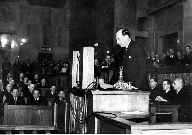 Posiedzenie Sejmu w 1939 roku - expose ministra spraw zagranicznych Józefa Becka na zerwanie przez Niemcy paktu o nieagresji z Polską /Z archiwum Narodowego Archiwum Cyfrowego