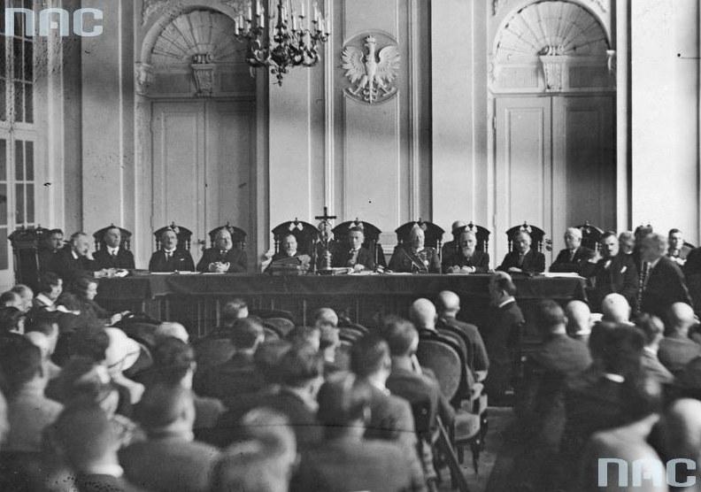 Posiedzenie Trybunału Stanu w Warszawie w sprawie byłego ministra skarbu Gabriela Czechowicza /Z archiwum Narodowego Archiwum Cyfrowego