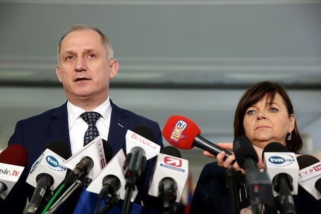 Posłanka PO Izabela Leszczyna (P) i szef KP PO Sławomir Neumann (L) /PAP