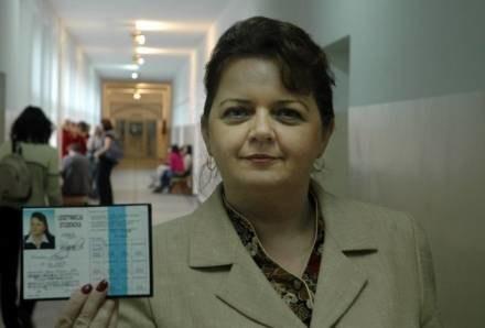 Posłanka Samoobrony z legitymacją studencką / fot. S. Królikowski /Agencja SE/East News