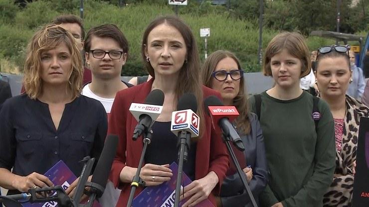 Posłanki Lewicy podczas sobotniej konferencji w Warszawie /Polsat News