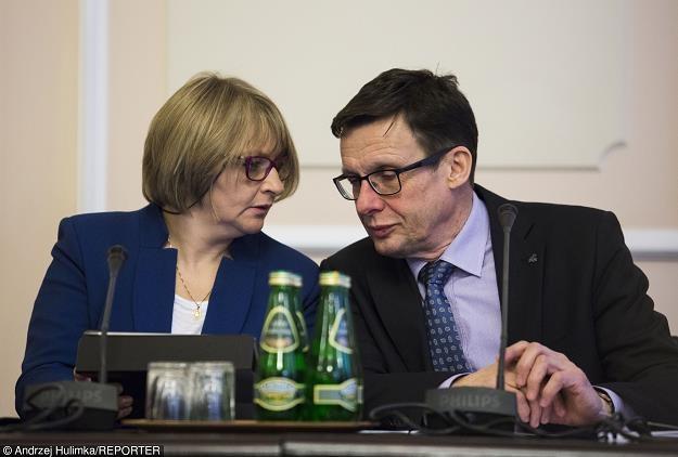 Posłowie Barbara Bartuś (PiS) i Marek Ast (PiS). Fot. Andrzej Hulimka /Reporter