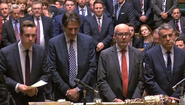 Posłowie Izby Gmin ogłaszają wyniki głosowania /UK PARLIAMENTARY RECORDING UNIT /PAP/EPA
