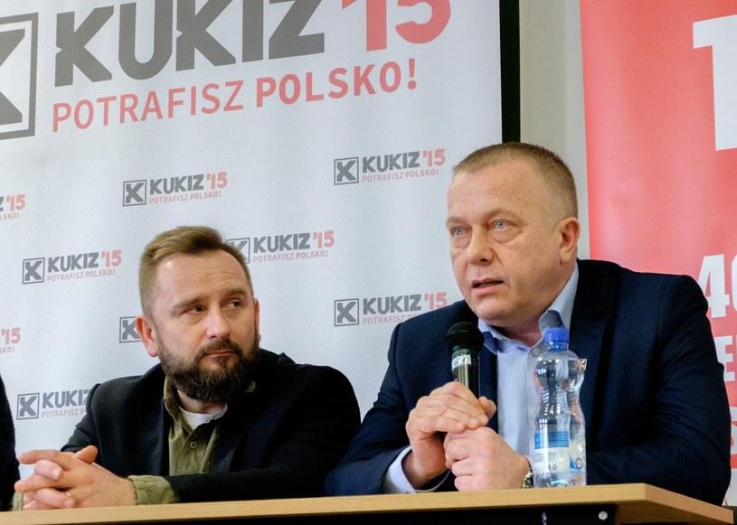 Posłowie Kukiz'15: Piotr Liroy-Marzec i Jarosław Porwich /Marcin Jurkiewicz /East News