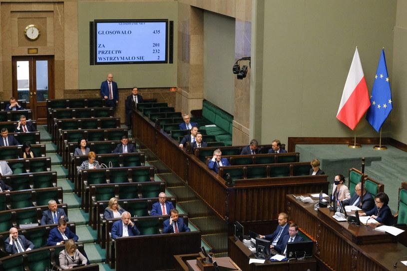 Posłowie na sali obrad Sejmu /Mateusz Marek /PAP
