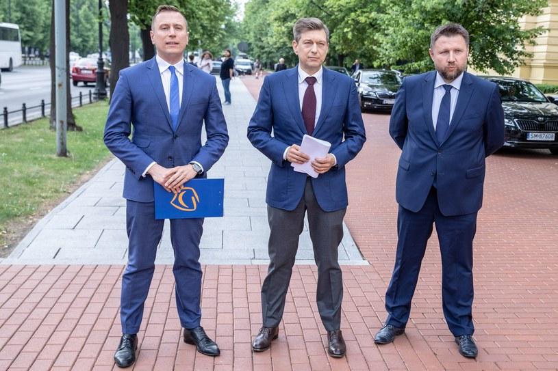 Posłowie PO: Krzysztof Brejza, Marcin Kerwiński i Mariusz Witczak /Grzegorz Banaszak /Reporter