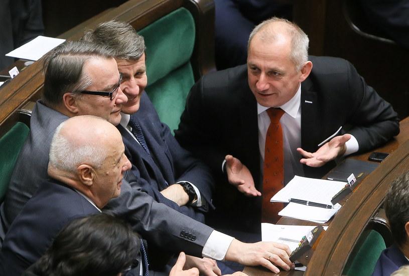 Posłowie PO: Sławomir Neumann, Andrzej Czerwiński, Marek Biernacki i Stefan Niesiołowski /Paweł Supernak /PAP