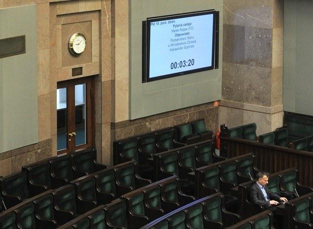 Posłowie poza Sejmem, ale urlopów nie biorą
