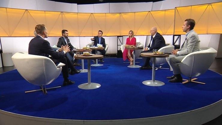 """Posłowie rozmawiali m.in. o podwyżkach dla parlamentarzystów /""""Śniadanie Rymanowskiego w Polsat News i Interii"""" /Polsat News"""