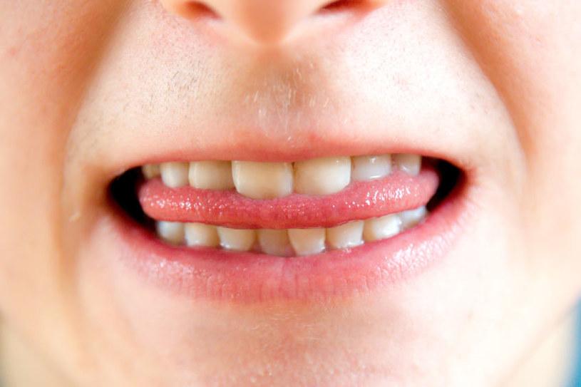 Posmak w ustach /©123RF/PICSEL