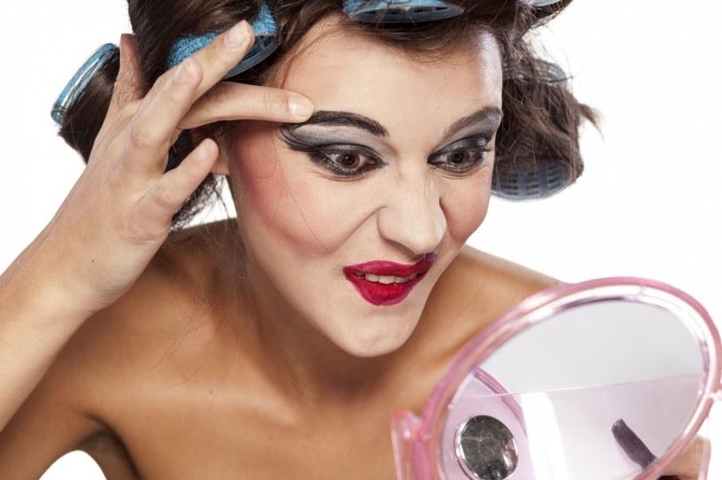 postarzający makijaż /© Photogenica