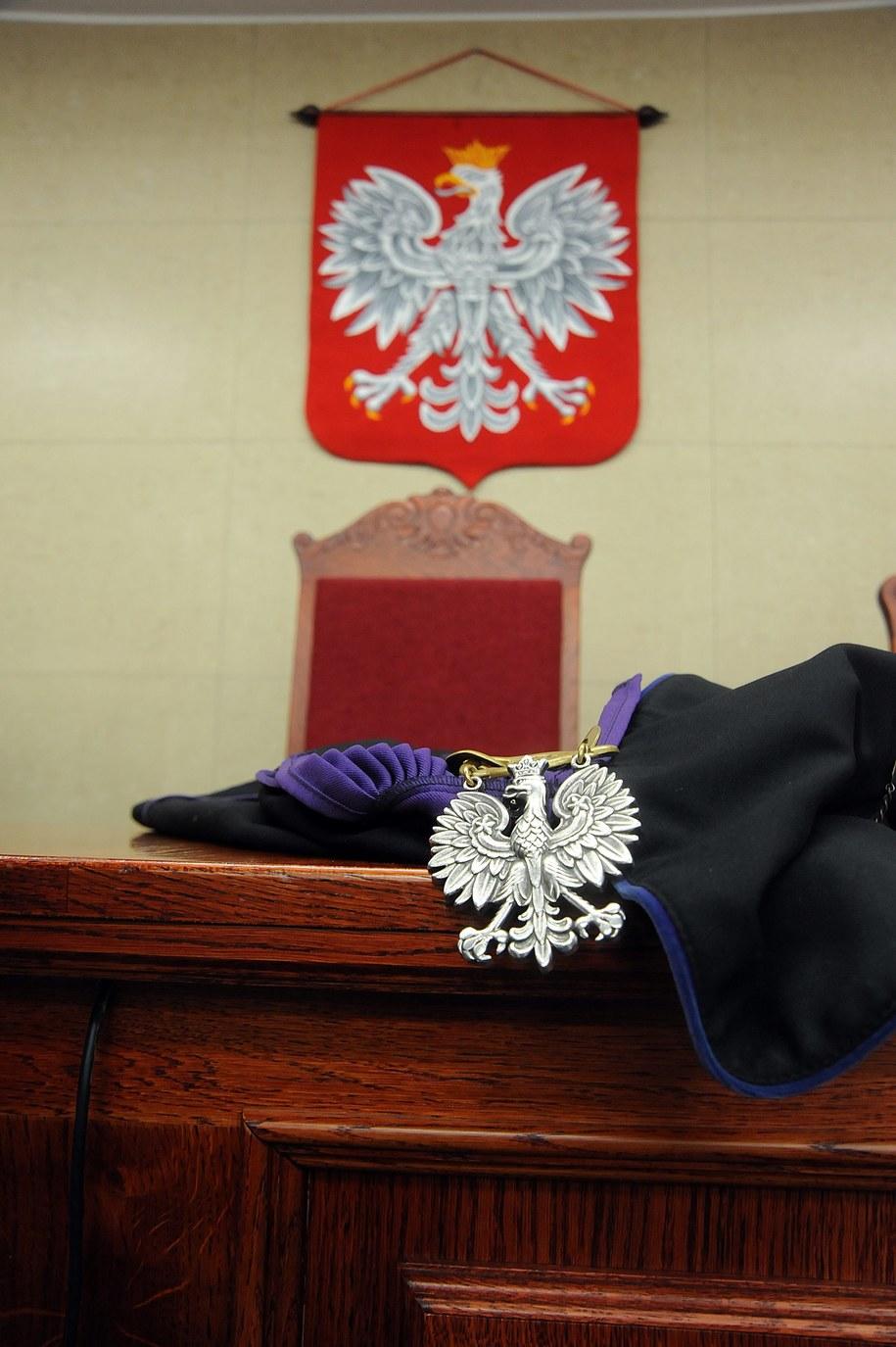 Postępowania wobec sędziów, którzy popadają w konflikt z prawem, mają być skuteczniejsze /Marcin Bielecki /PAP