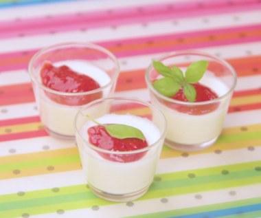 Postre de gelatina de leche