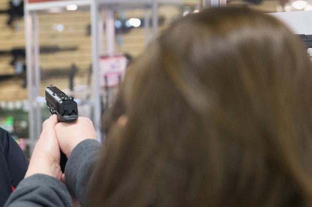 Postrzelony mąż chciał sprawić żonie niespodziankę fot. Scott Olson /AFP