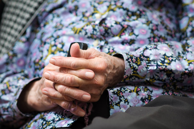 Poszkodowana ma 86 lat, zdj. ilustracyjne /123RF/PICSEL