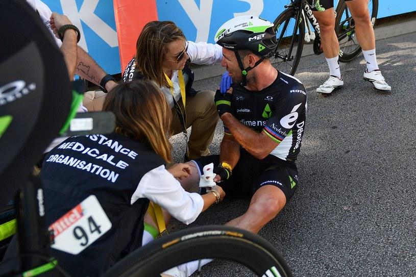 Poszkodowany Mark Cavendish /AFP
