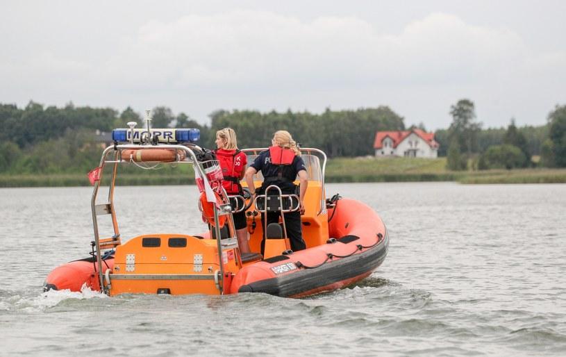 Poszukiwania Piotra Woźniaka-Staraka na jeziorze Kisajno, zdjęcie archiwalne /Grzegorz Kaminski /East News