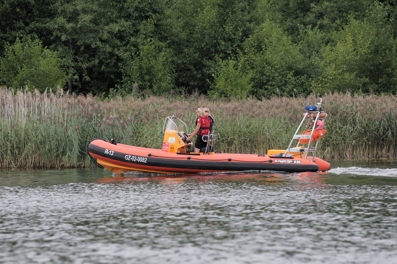 Poszukiwania zaginionego 39-latka zostaną wznowione we wtorek / Tomasz Waszczuk    /PAP