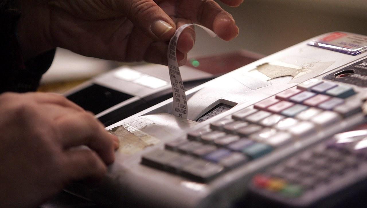 Potężna awaria kas fiskalnych. Wstrzymana sprzedaż m.in. w wielu kinach i restauracjach