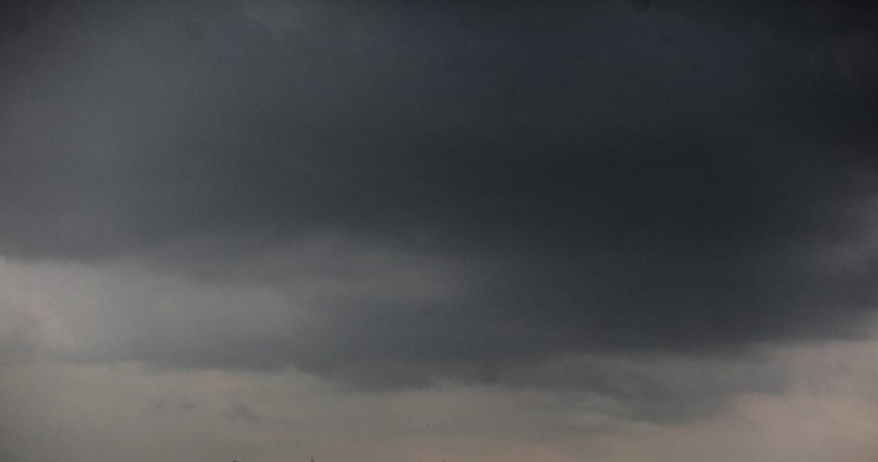 Potężna burza przetoczyła się nad Warszawą