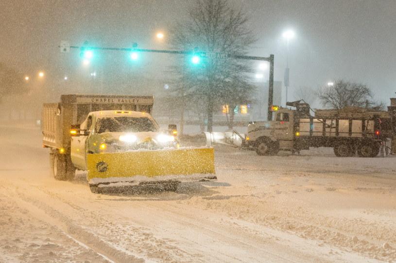 Potężne śnieżyce dotarły do USA /AFP