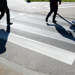 Potrącenie na przejściu dla pieszych w Warszawie. Sprawca zgłosił się na policję